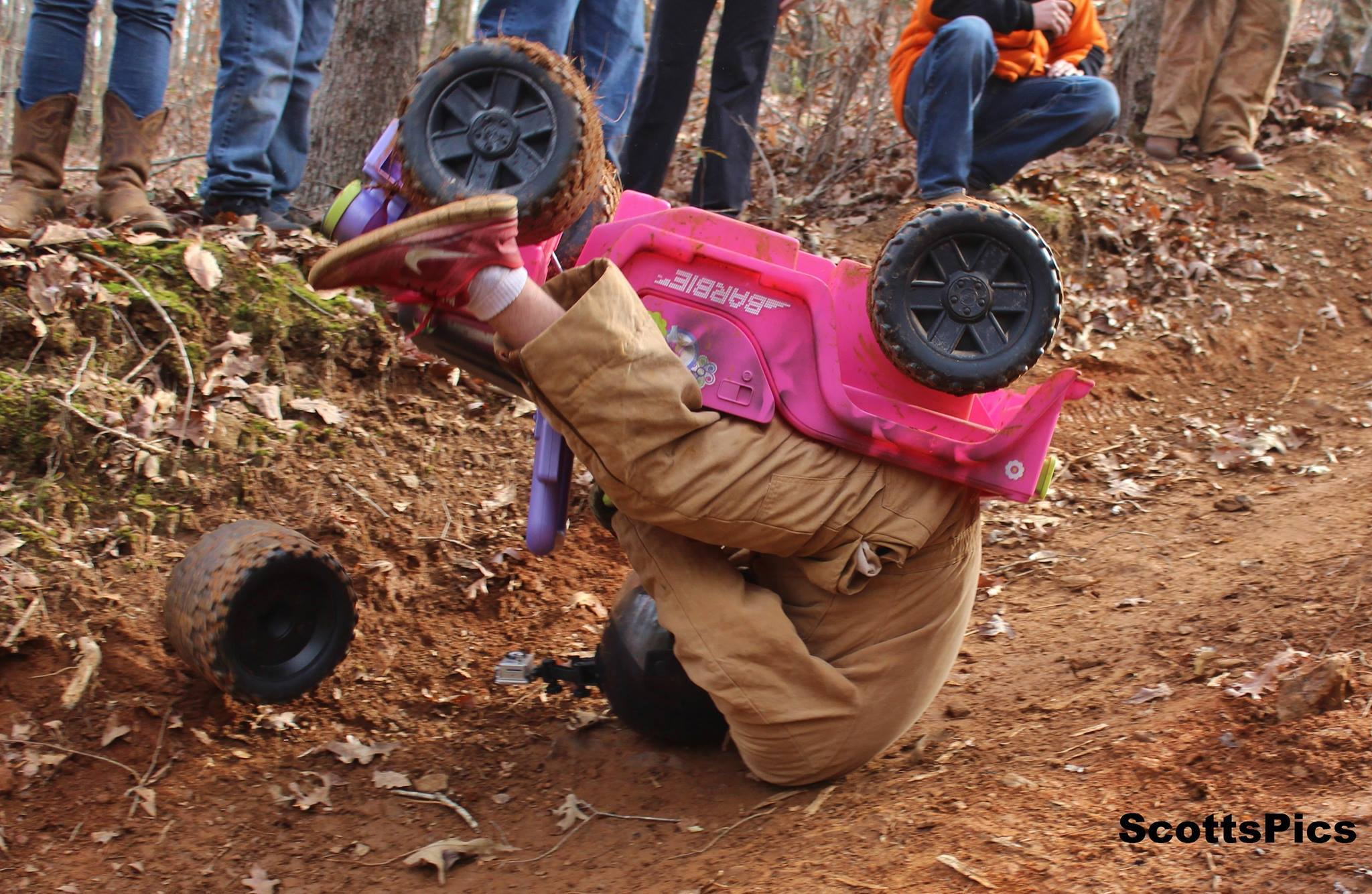 Extreme Barbie Jeep Racing Crash